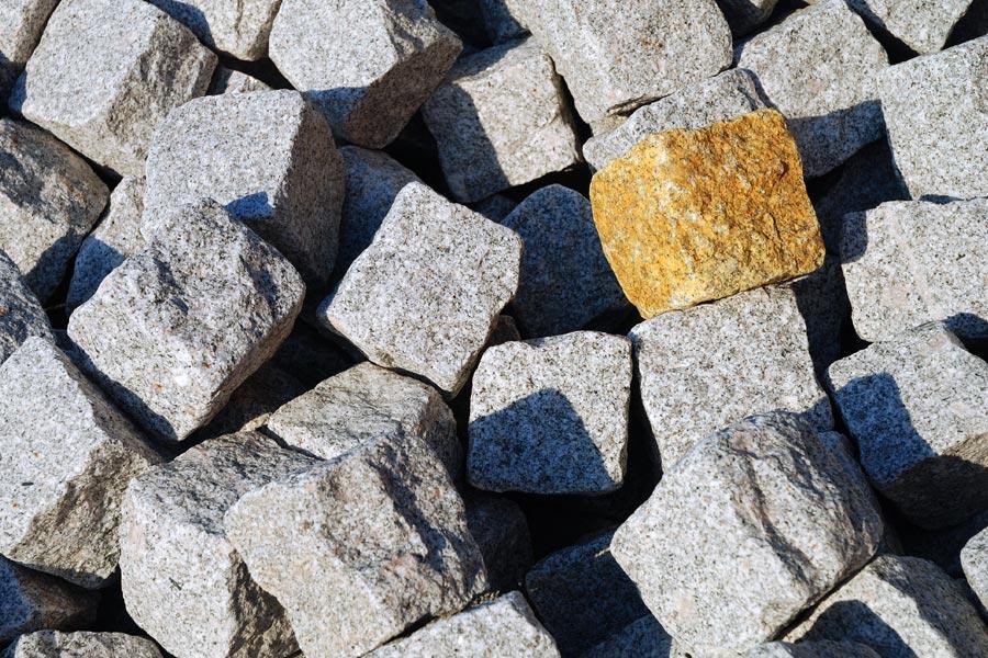 Kostka granitowa i wyroby granitowe – Kam-Trans Strzegom
